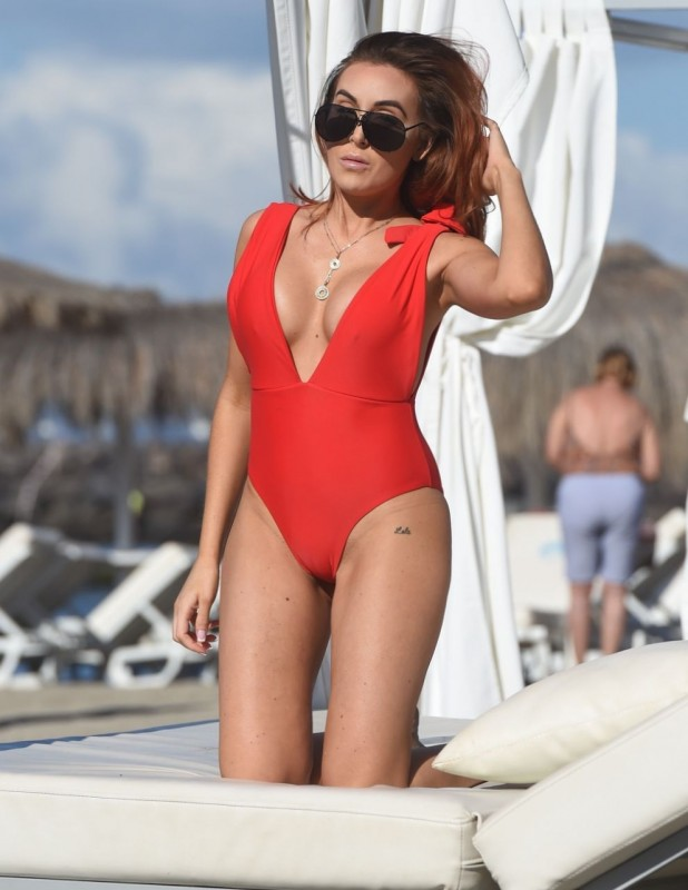 Hot Laura Simpson