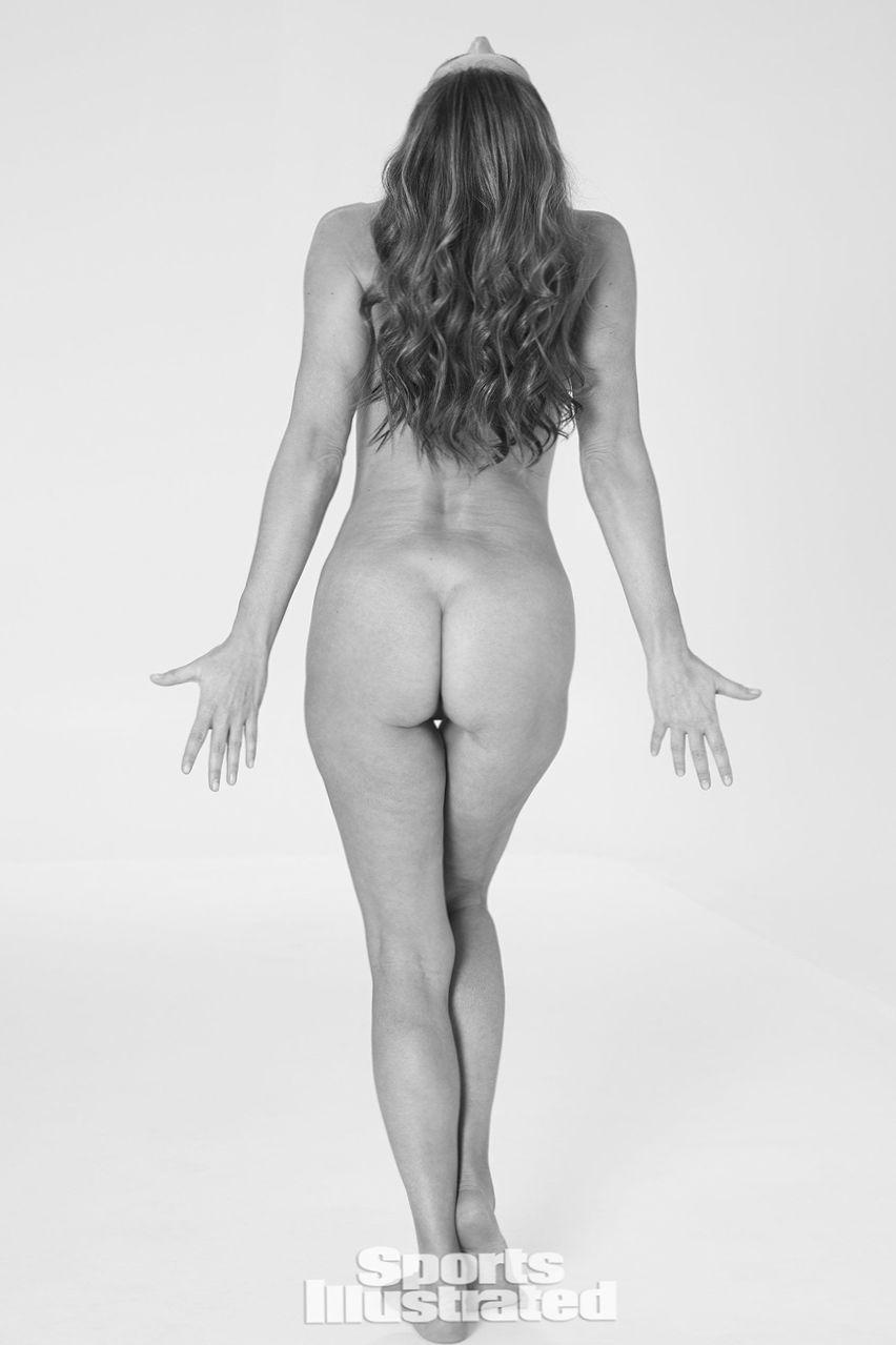 paulina porizkova nude naked