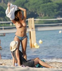 Hot Rebecca Loos Topless