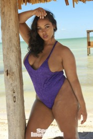 Hot Tabria Majors in swimsuit