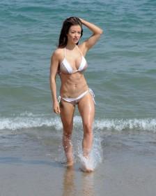 Jess Impiazzi in bikini pic