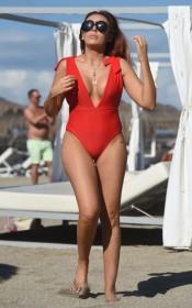 Laura Simpson sexy body
