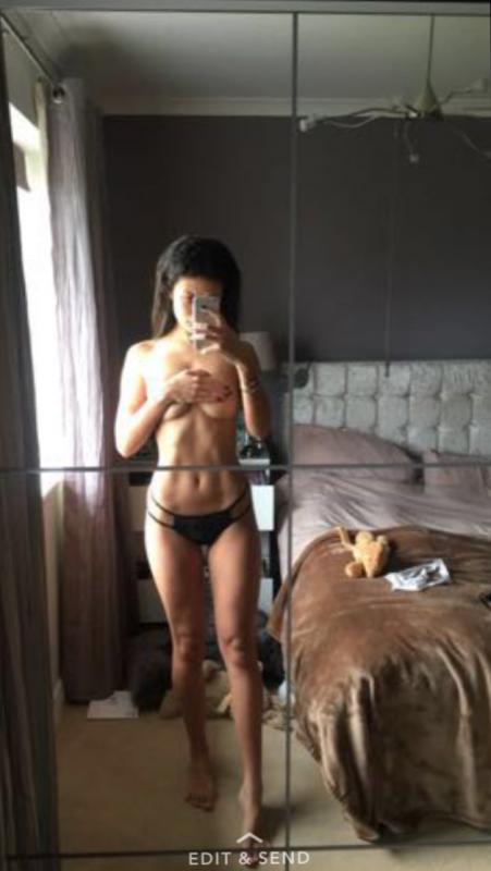 Montana Brown Nude Leaked Selfie