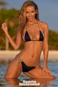 Olivia Jordan in bikini photo