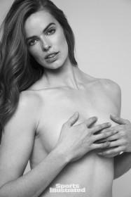 Robyn Lawley Nude Pic