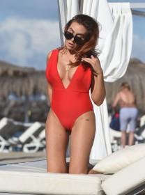 Sexy Laura Simpson