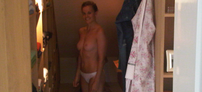 Susie Wolff Leaked (8 Photos)