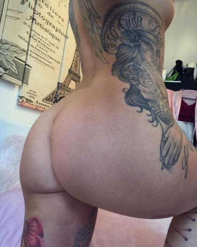 Tia Mendez Naked Photo
