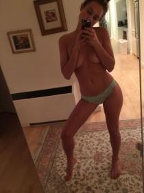 Hannah Davis Tits Photo