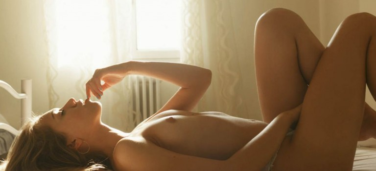 July Suntcova Nude (14 Photos)