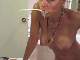 Martina Colombari nude leaked photo