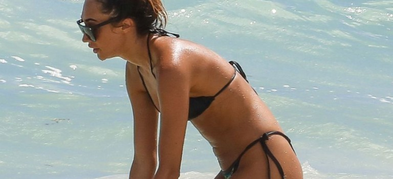Megan McKenna in Bikini (14 Photos)