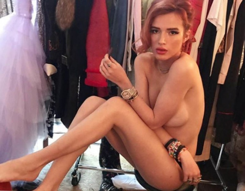 Bella Thorne Topless Hot Pic