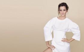 Emma Watson Sexy Photo