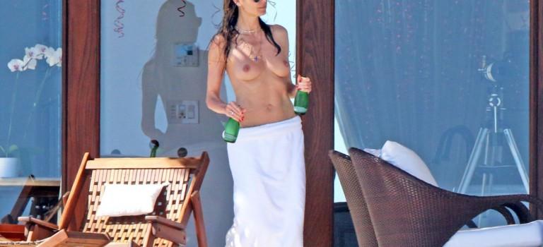 Heidi Klum Topless (12 Photos)
