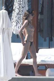 Heidi Klum Topless Pica