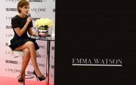 Hot Emma Watson Photo