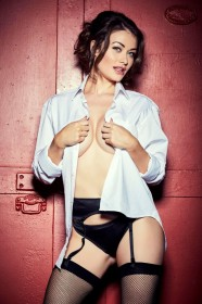 Jess Impiazzi Hot Photo