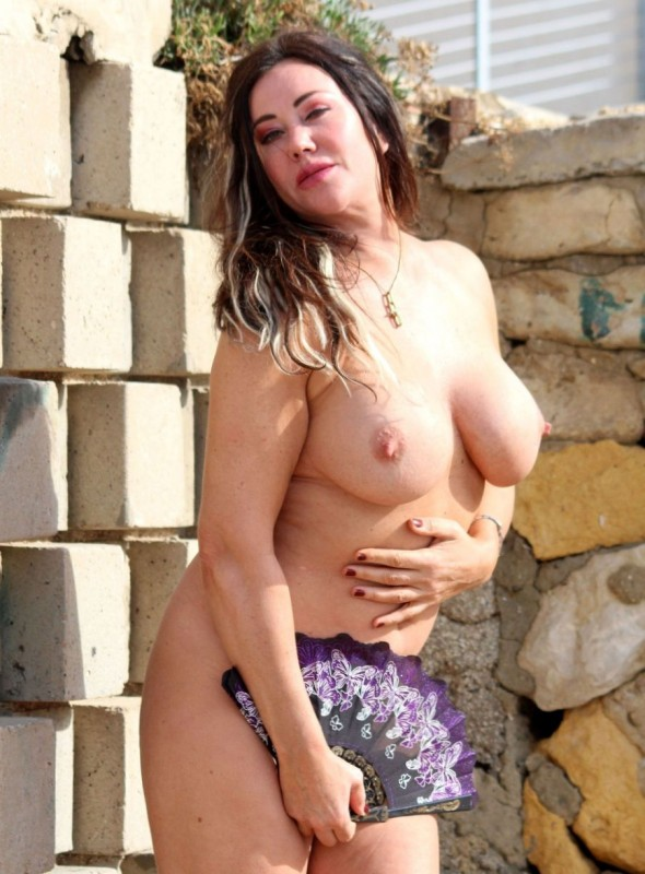 Lisa Appleton Naked Photo