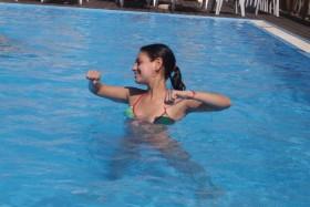 Mila Kunis bikini body