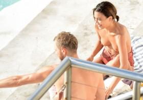 Nathalie Kelley breasts photo