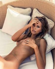 Sexy Sandra Kubicka Naked
