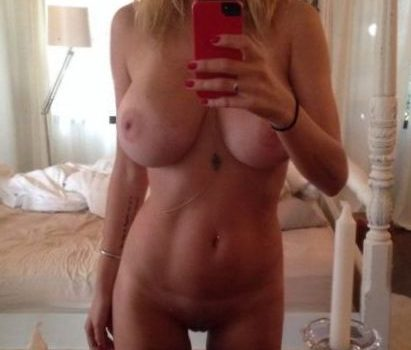 Caroline Vreeland Nude (23 Photos)
