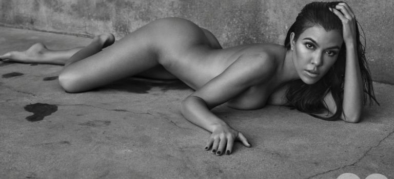 Kourtney Kardashian Nude (13 Photos)
